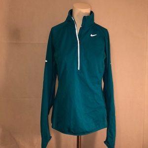 Women's Nike running dry fit size medium